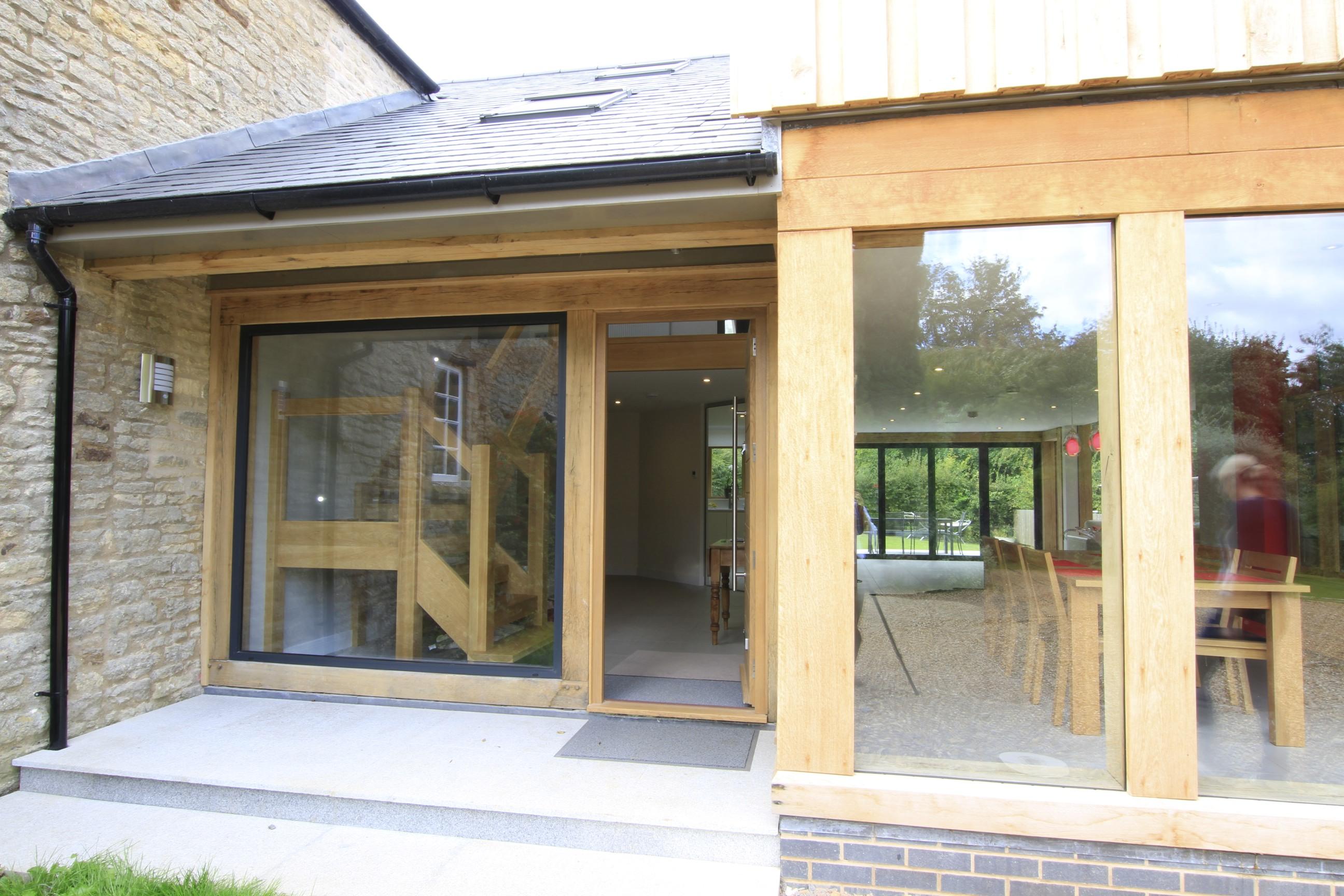 Oak Framed Houses >> Oak framed extension forms large glazed living space for family... - Leaf Architecture